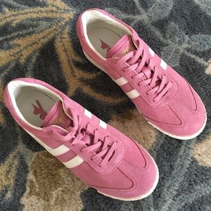 NWOT Gola Lollipop Suede in Dusty Rose 7.5 / 38